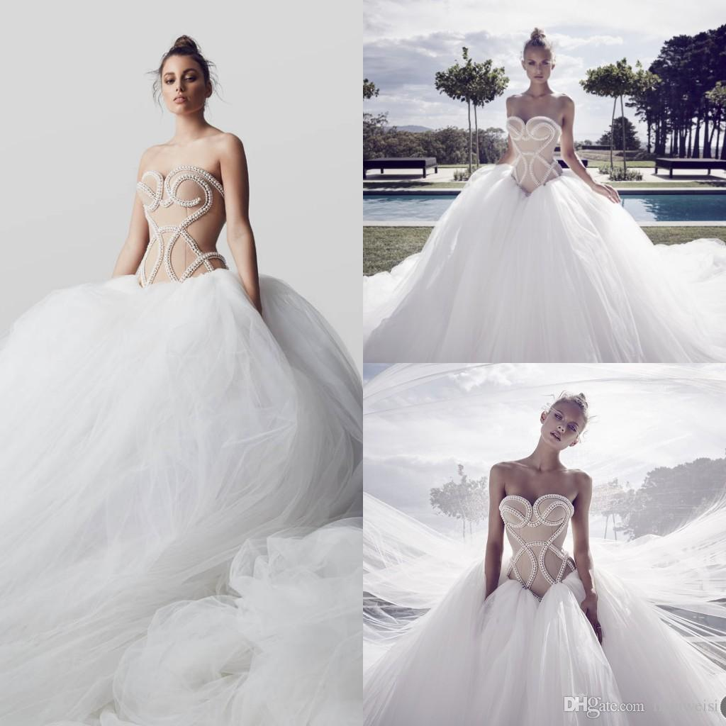 2017 sexy backless wedding dresses sweetheart sleeveless bridal gowns pearls court train luxury ball grown wedding dress short wedding dress sparkly dresses