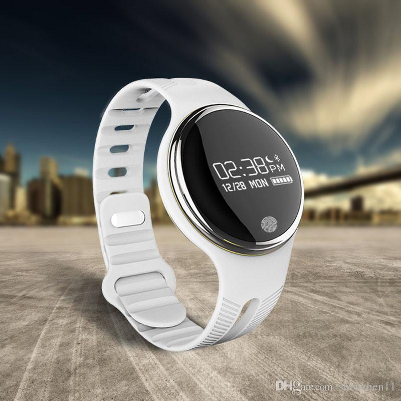 IP67 Su Geçirmez Bluetooth Smartwatch İzle Akıllı Bilezik İzle GPS Tracker Bilek Saatler iPhone 5 5SE 6 6 S artı Samsung S6 E07 OTH288