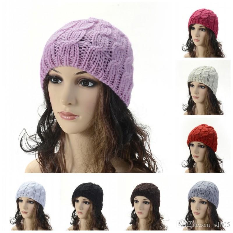 Compre Lã De Malha Gorro Cor Sólida Inverno Quente Essencial Cap Feito À Mão  Crochet Trança Mulheres Chapéu De Alta Qualidade 3 4bd B De Sd005 f77336db6f3