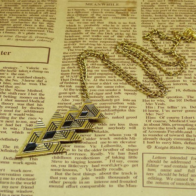 Collares pendientes de bronce para mujer triángulo retro colgante de cadena larga collar Trillion forma diseñador joyería vintage es DHL libre