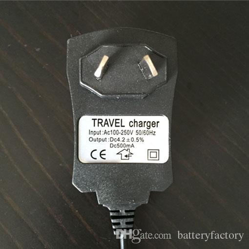 4.2 V Şarj 110 ~ 240 V Güç Kaynağı Doğrudan AU Şarj Feneri ve Far 3.5mm Fiş Delik 500mA Şarj Ücretsiz Kargo