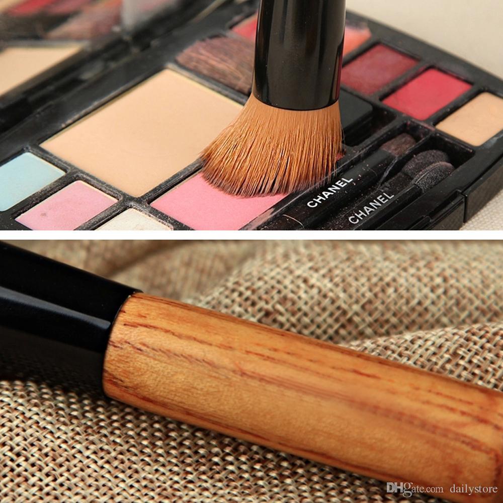 Make-up Pinsel Professionelle kurze Griff Nylon Faser Haar abgewinkelt Flat Top Buffer Pinsel Bambus Gesicht Basis flüssige Foundation Kosmetik