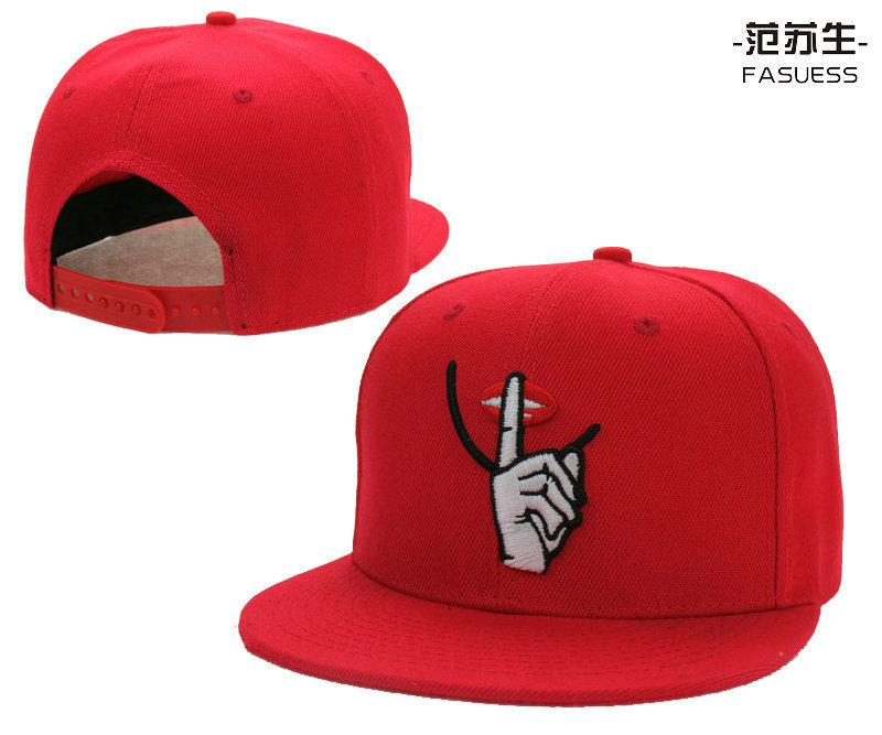 Compre Barato KBETHOS Lábios Vermelhos Chapéus De Aba Plana Snapback  Chapéus Ajustáveis Caps Hiphop Snapbacks De Yjunyon 13f1c47fcbd