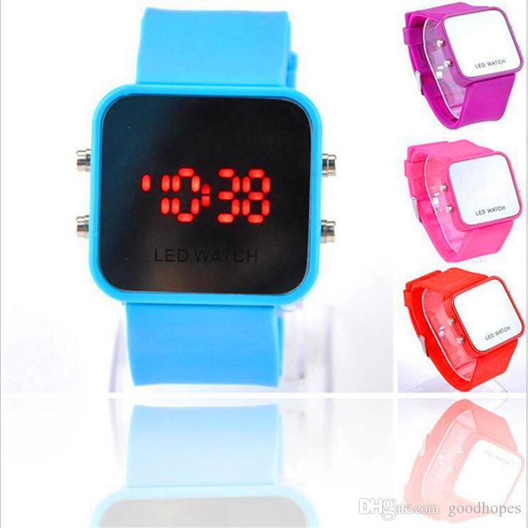 20b833bc1278 Compre Espejo De Lujo Dial Digital Led Reloj Pantalla Táctil Colorido Reloj  De Pulsera De Caucho De Silicona Mujeres Hombres Unisex Relojes Deportivos  A ...