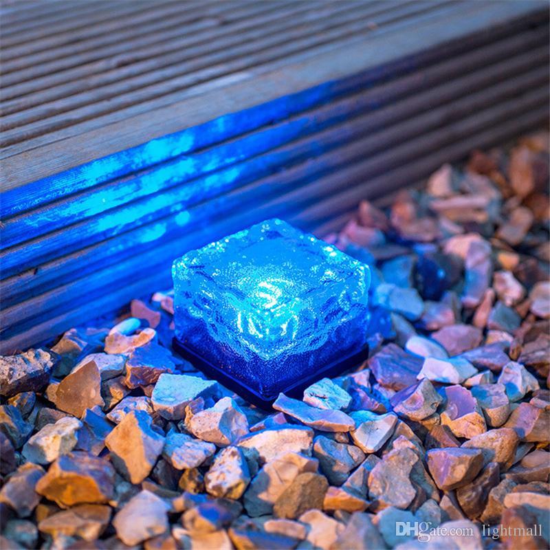 Neuer LED-Untergrund begrabenes Weglicht des Lampen-Plattform-IP68, weißer blauer RGB-Solarziegelstein-Eiswürfel-Weg vertiefte geführte Boden-Lichter im Freien wasserdicht
