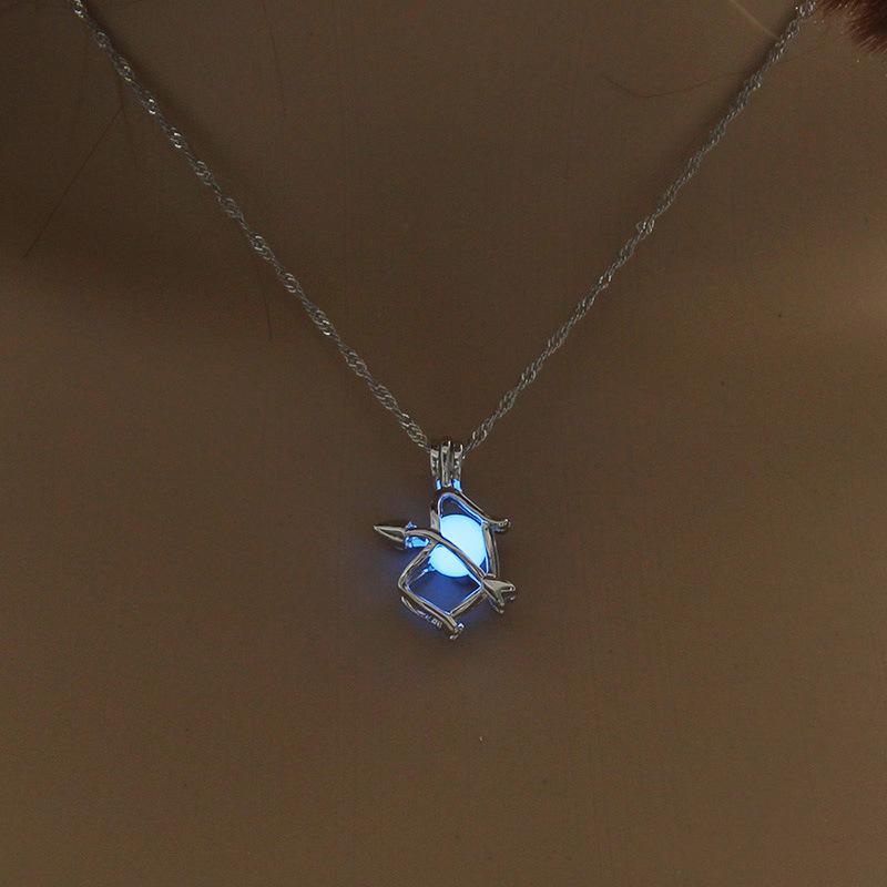Lumineux Perle Pendentif Collier Chaîne De Mode Creux Hirondelle Ethnique Collier Déclaration Necklaes pour les femmes Hommes Halloween Bijoux Cadeau En Gros