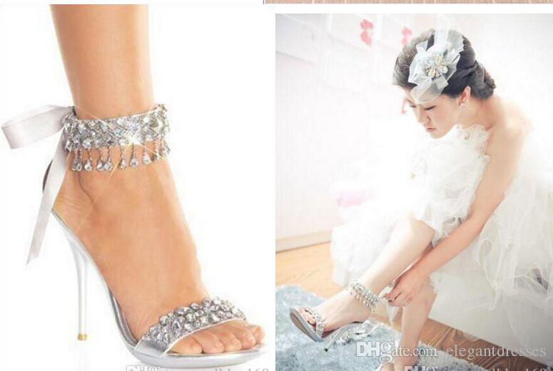 ew Art und Weise Hochzeit Schuhe Silber Strass hohe Absätze der Frauen Schuh Hochzeit Brautschuhe Sandale Brautschuhe