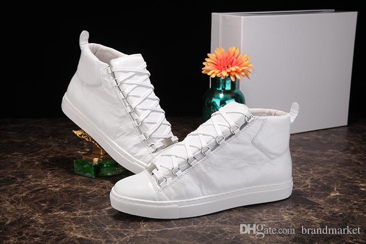 Designer-Schuhe Wholesale Qualitäts-Arena Schuhe High Top Wrinkled Leder Mischfarben Mode Rot Schwarz Weiß Mann beiläufiger Turnschuh