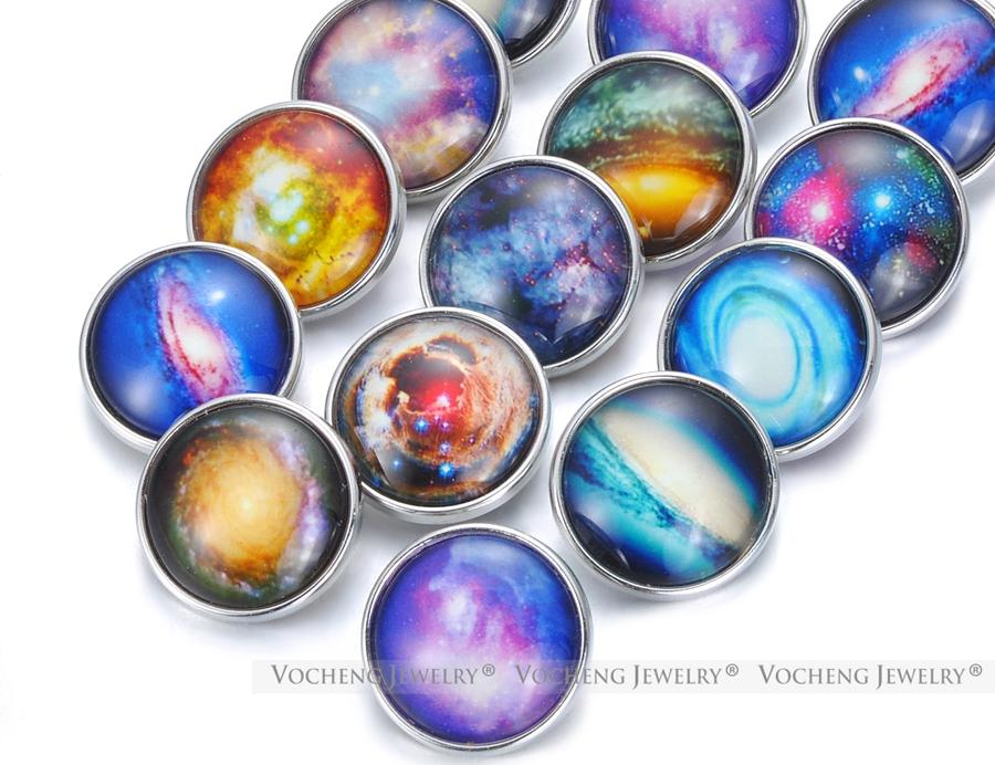VOCHENG NOOSA Mix Colors Fluorescence Glass Ginger Snap Charms 18mm Luminous Snap Button Jewelry Vn-1847
