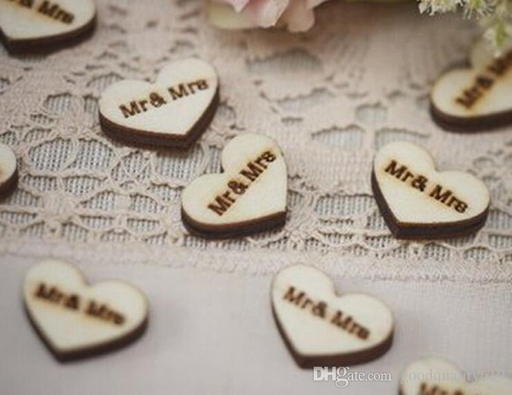 Wooden Button with Mrs&Mr Letter For Table Ornaments Wedding Decoration Photography Props