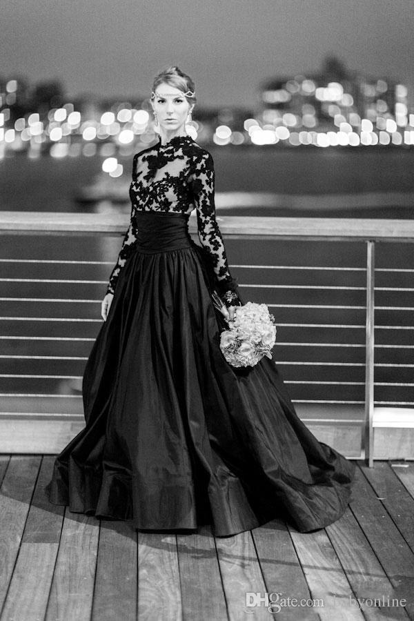 New Custom Made Black Vintage Gothic Style Prom Dresses Maniche lunghe Pizzo collo alto Tulle taffettà Abiti da sera A-Line con Sweep Train