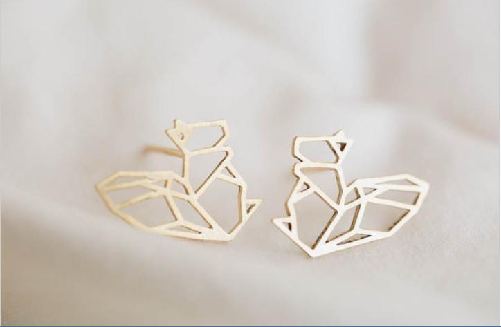 Progettato le donne moda scava fuori gli orecchini dello scoiattolo, gli orecchini della vite prigioniera di rondine le donne libere di trasporto all'ingrosso miglior regalo di festa