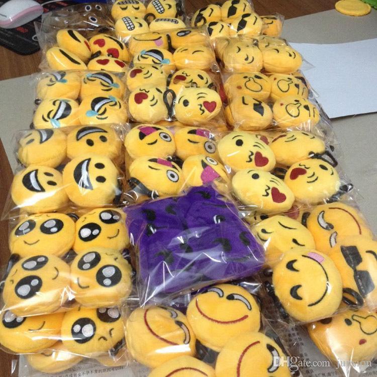 Emoji Plush Pendant Key Chains Kids Dolls Toys Doll PPCotton Plush Stuff Dolls 2018 Newest Stuffed Toys Mobile Bag 6cm Christmas Gifts