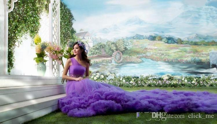 Purple Bohemia Wedding Dresses Bridal Gowns One Shoulder Ruffles Luxury Wedding Gowns Chapel Train Tulle Layers Beach Bridal Gowns