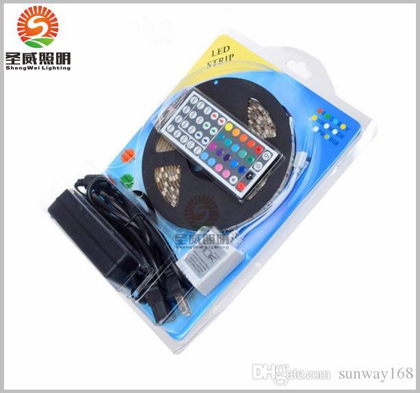 최고의 가격! CERoHs 유연한 스트립 라이트 스트라이프 RGB SMD 5050 300Leds 5m 방수 + 44 키 IR 리모컨 + 전원 어댑터