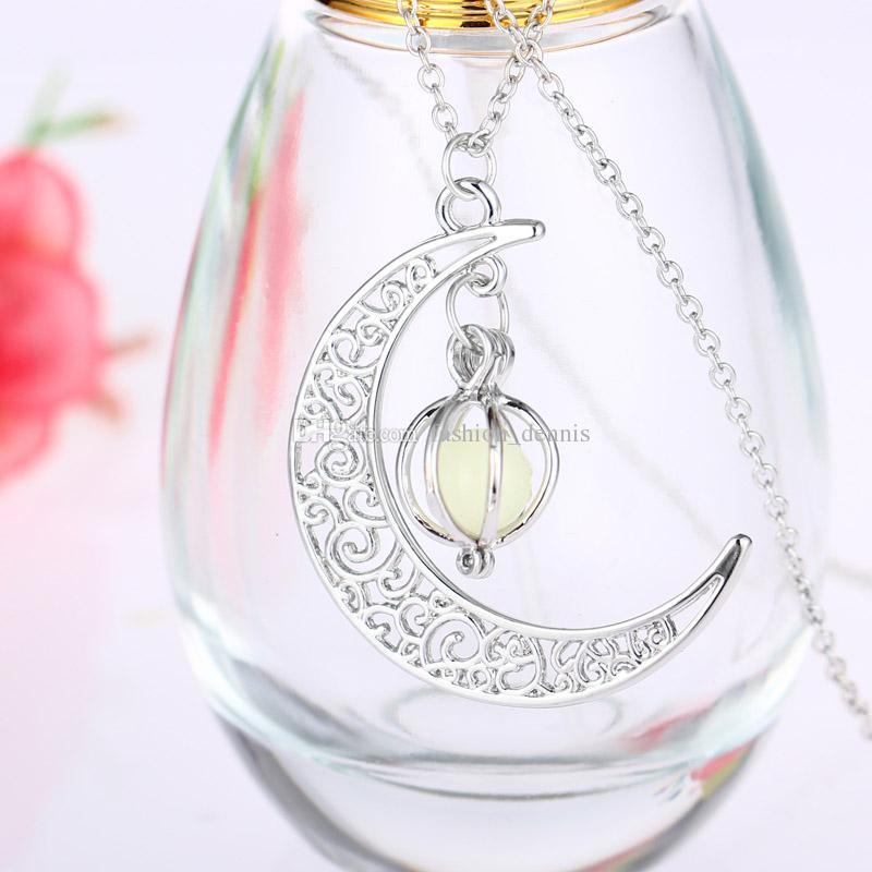 Moda brillare Moon collane di pietra luminosa Glow in the dark collana pendenti diffusore di olio essenziale le donne regalo di gioielli ragazze delle signore