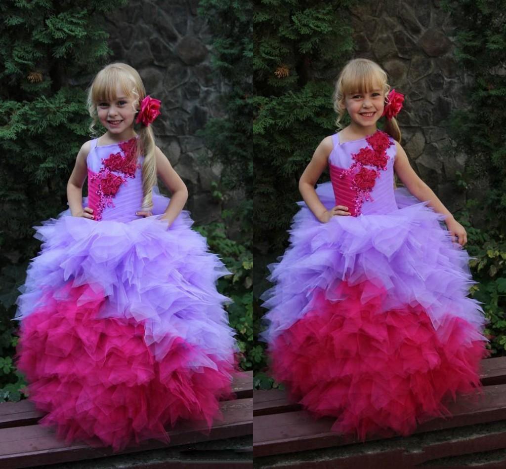Güzel 2017 Çiçek Kız Elbise Abiye Aplike Ile Spagetti Pageant Elbiseler Katmanlar Fırfır Pleats Custom Made Örgün Parti Elbise