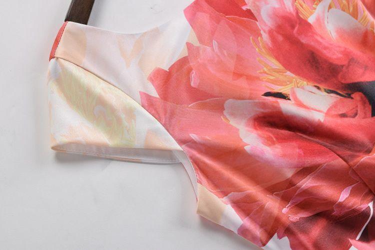 Abito da donna a manica lunga con maniche a fiori e maniche a fiori 064A643