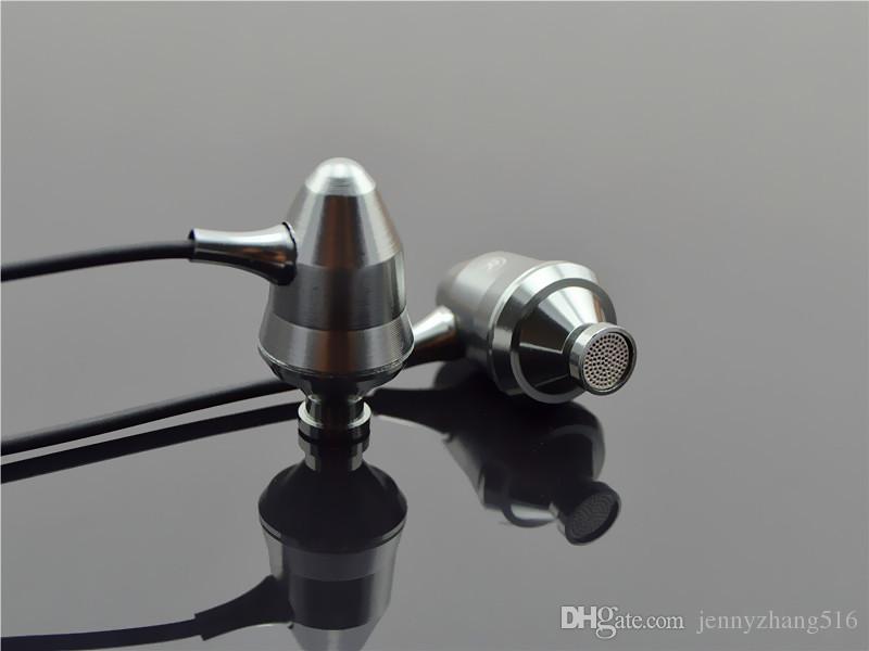 Originale YHC Z001 Metallo professionale di qualità del suono Heavy Bass auricolari in-ear HIFI con microfono iPhone xiaomi samsung mp3 mp4 Spedizione gratuita