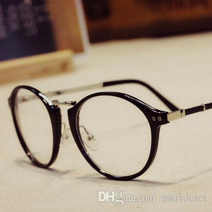 Compre Coreano Elegante POP Moda Óculos Para Mulheres Meninas Senhora Simples  Óculos Feminino 3 Preto Marrom Óculos Quadro Óptico Viajando Marca De Vidro  De ... 828644bac5