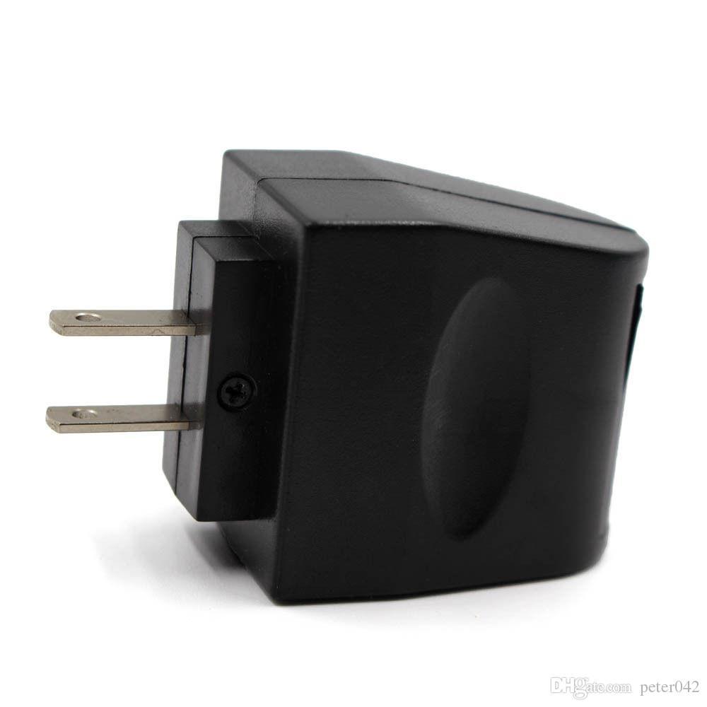 110 V - 240 V AC WALL Plug 12V Caricabatteria da auto a Convertitore DC Power Socke