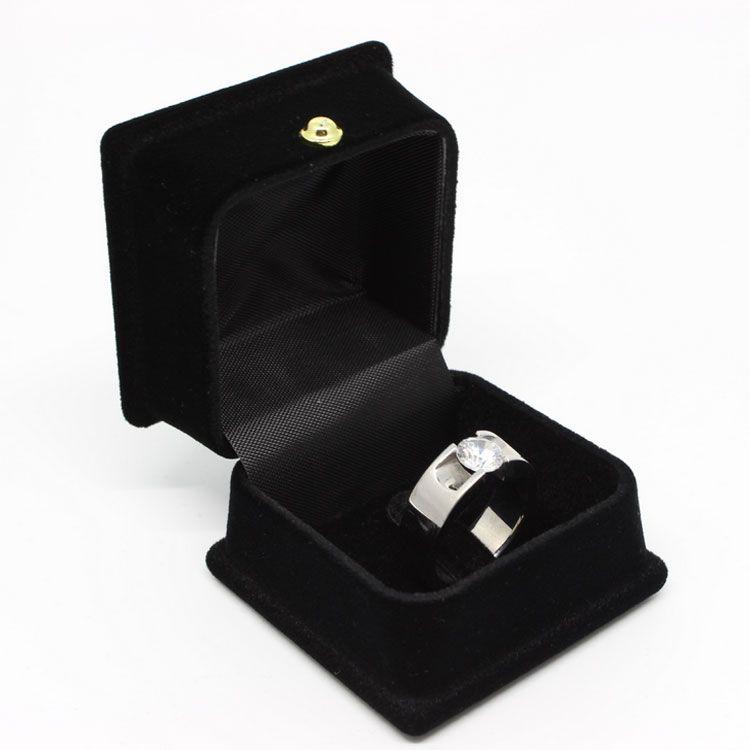 Quadratische Form Balck Farbe Samt Ringe Anhänger Halsketten Boxen Schmuck Display Verpackung Halter Fall Für Hochzeit Geburtstag