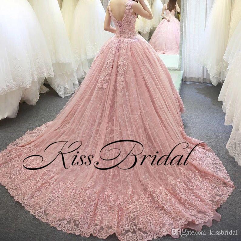 Robes De Mariée Grandes Robes De Mariée Vintage Plein De Dentelle Arabe Dubaï Princesse Robes De Mariée Sans Manches Longues Train De Cour