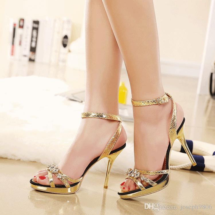 74a28c789 Compre Sandálias De Salto Alto Feminino Verão 2016 Nova Moda Sexy Couro  Strass Fivela Moda Sapatos De Joseph9806