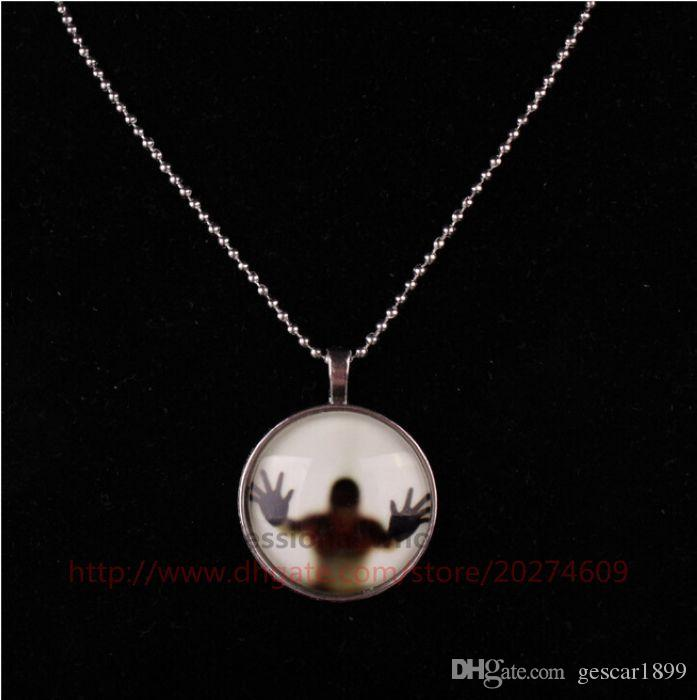 Latest Style Jewelry Prank Gift Halloween Scary Zinc Alloy Luminous Glow Glass Pendant Necklace Jewelry For Man Woman Kids