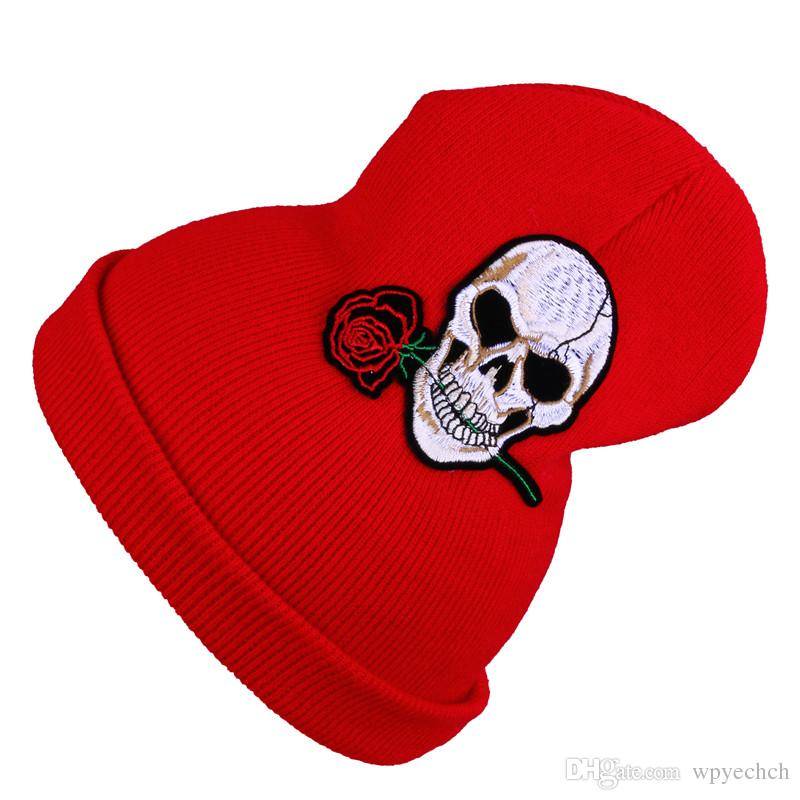 Warm Winter Hat Women Knit Hats Girls Skull and Red Rose Cap Autumn Winter Fashion Beanies Casual Knitted Caps