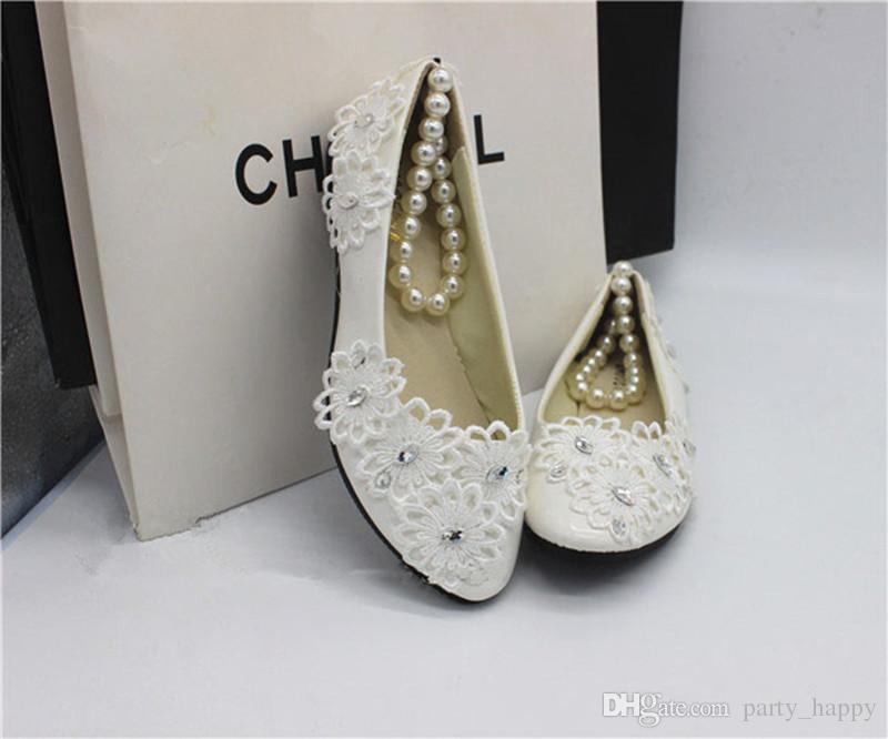 Chaussures plates blanches Mariage Mariage Mariée Chaussures de mariage Dentelle Bracelet Bracelet Bracelet Perlée Chaussures de demoiselle d'honneur Ivoire Chaussures de mariée Bridal Chaussures de mariée