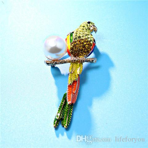 Vintage Rhinestone Pearl Brooch Pin Silver-plate Alloy Faux Diamente Broach for bridal wedding costume party dress Pin gift 2016 fashion