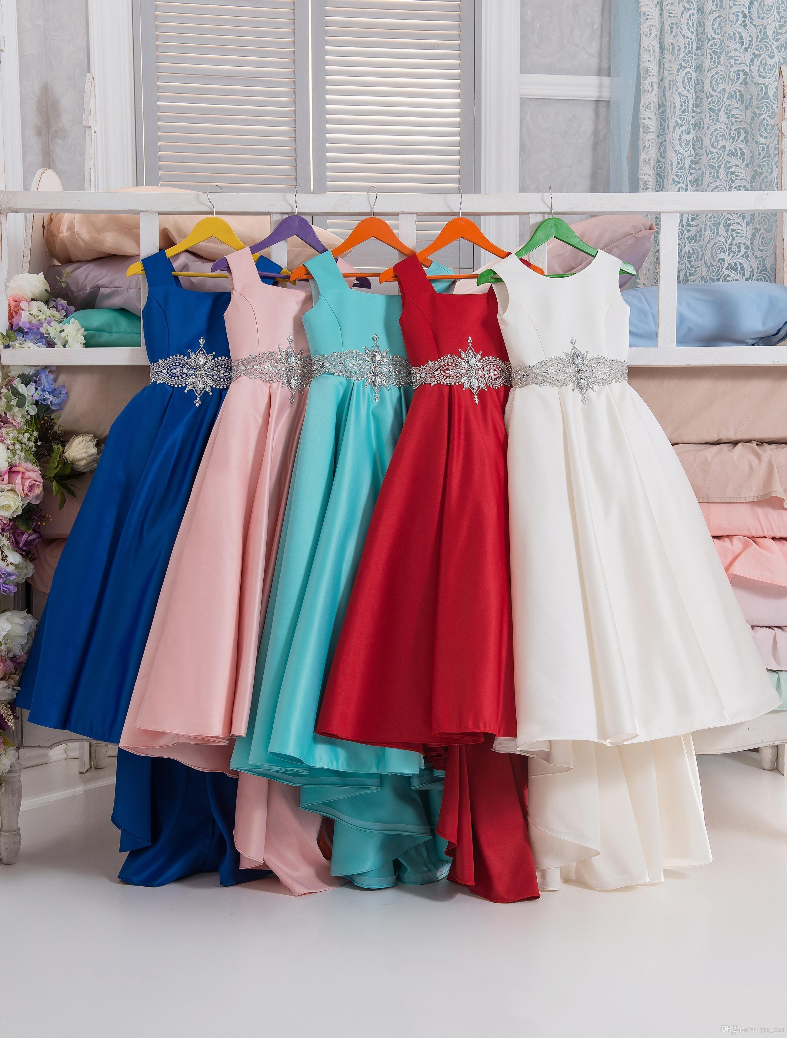 2017 New Red Flower Girls Dresses For Weddings Jewel Neck Bateau Neck Satin Bowes Crystal Belt Beaded Birthday Children Girl Pageant Gowns