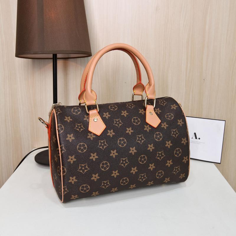High Quality Designer Handbags Luxury Bags Women Ladies Bags Famous Brand Messenger  Bag PU Leather Pillow Female Totes Shoulder Handbag Ladies Purses ... f57082c182