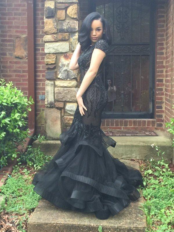 2020 Custom Made manches courtes encolure bateau sirène robes de bal sexy illusion corsage robes de soirée en dentelle fille noire formelle robes de soirée