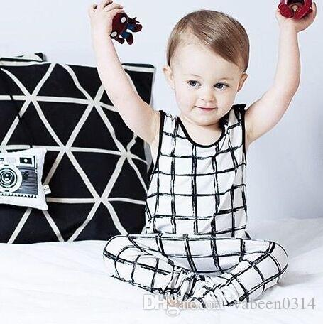 2016 modelos de explosão de roupa das crianças INS Marca de algodão sem mangas terno / pequeno quadrado terno do bebê / meninos e meninas roupas terno