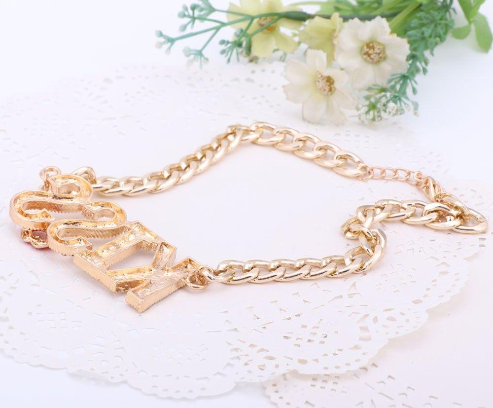 Modische Kuss Buchstaben Anhänger Halskette Mädchen Sexy Sommer Schmuck Red Lippen Design Gold Farbe Kette Halskette