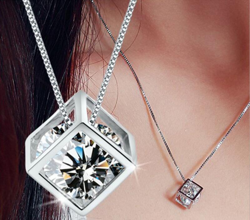 HYWo alta calidad plateado colgante cubo cuadrado amor ventana Ladies fashion cristal joyas fabricantes, venta por mayor Chainless