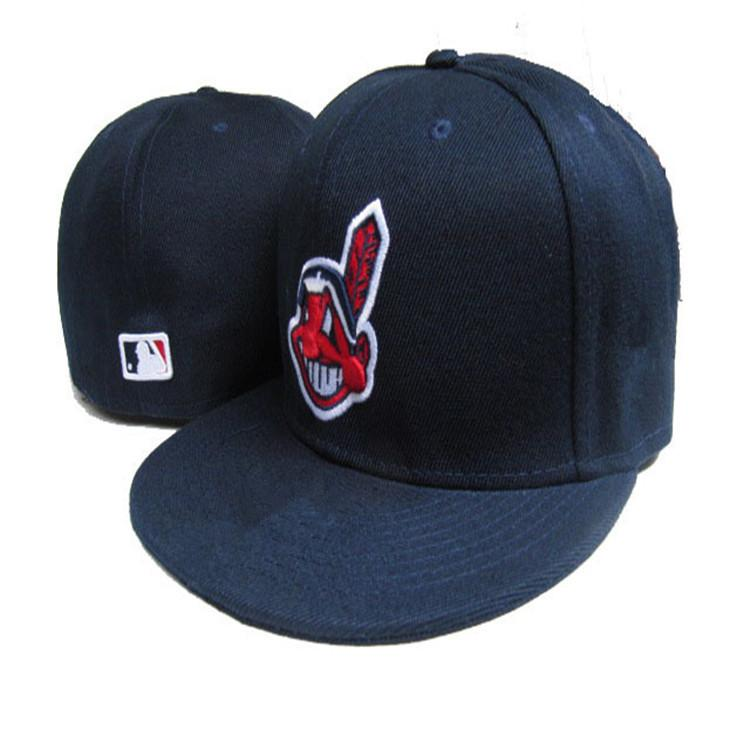 Retro Fashion Team Bull Indians Fitted Hats Baseball Cap Flat-brim Hat Team  Size Baseball Cap Indians Classic Retro Fashion Baseball Cap Indians Fitted  Hats ... 00988a2e3d2