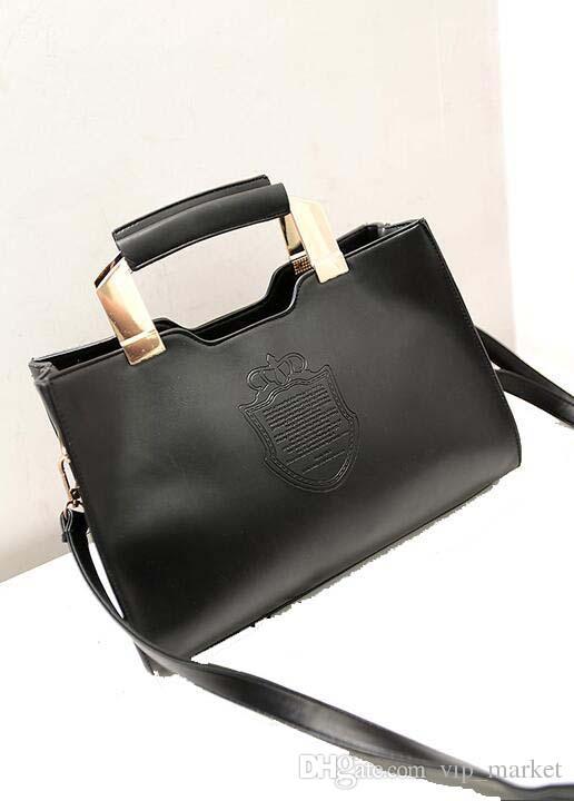 Brand new trend of fashion women style iron shield of the Crown portable shoulder diagonal package VMB13