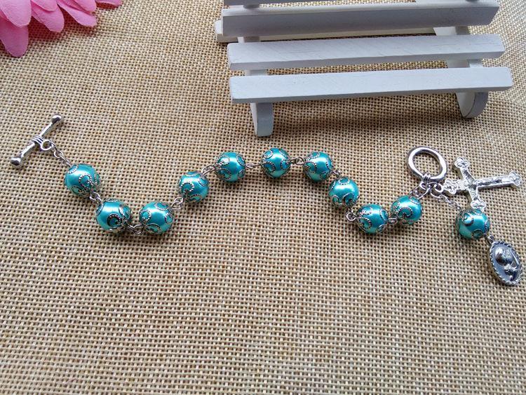 2016 nuevo de la manera joyería Católica 10 mm Pulsera Rosario Cruz perlas de vidrio con una taza caliente venta al por mayor