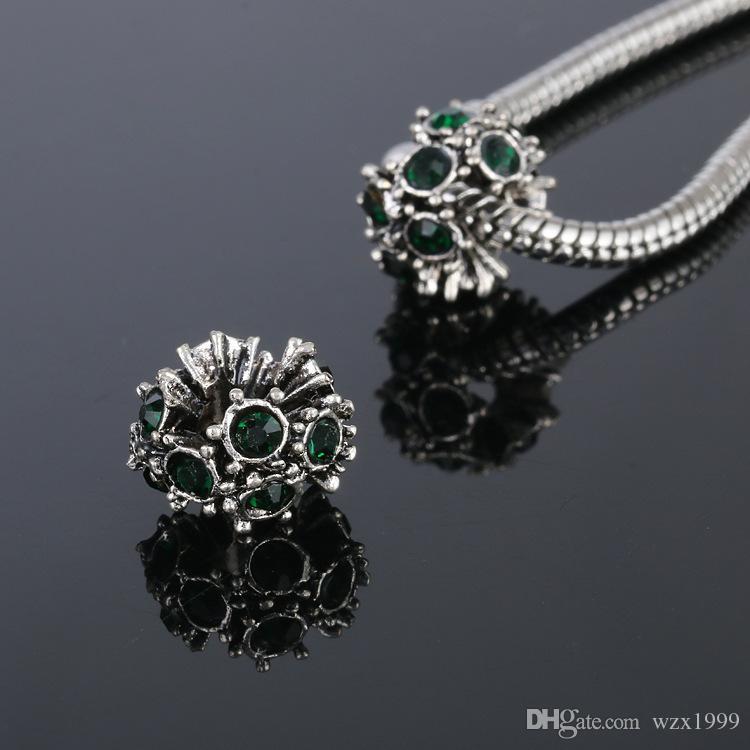 Chaude creux / style pick ronde charmes européens en alliage de zinc antique argent perles avec cristal pour la mode bricolage bracelets bijoux Findin
