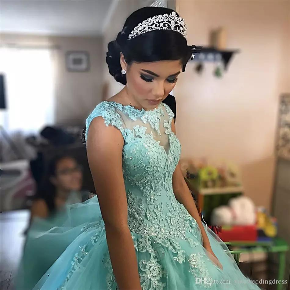 Sky Blue Vestidos de fiesta Jewek Sheer Neck con apliques de encaje Vestidos de fiesta formales Back Lace-Up por niveles vestidos de noche personalizados hermoso 2017