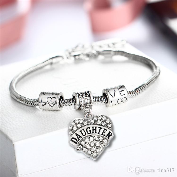 Nuovi Braccialetti di cristallo Diamante amore Cuore Bracciali famiglia membro / Mamma / Figlia / Nonna / Insegnante Credi Fede Speranza Braccialetti di Fascino B0347