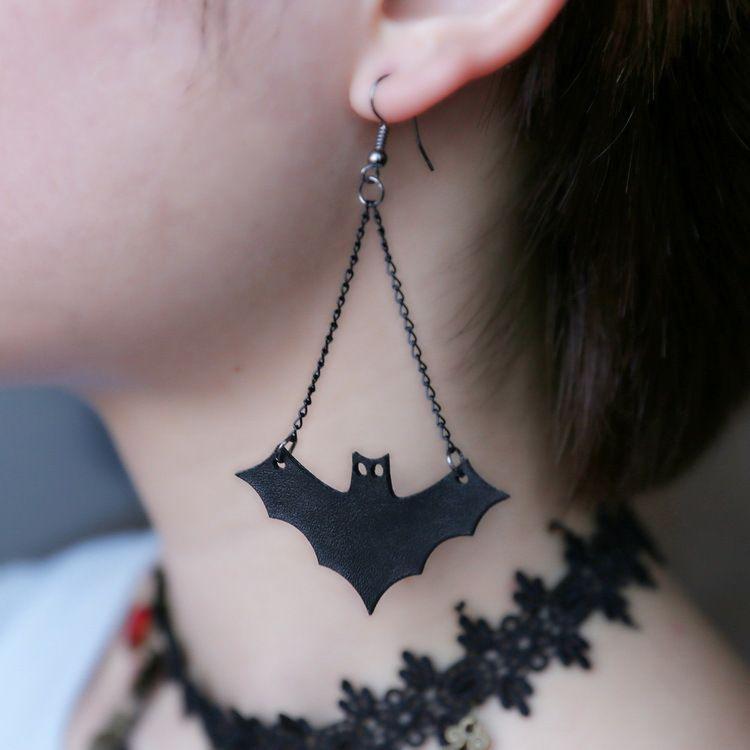 New Gothic Horror Creepy Cute Halloween flying bat earrings for women Halloween earrings necklace jewelry sets