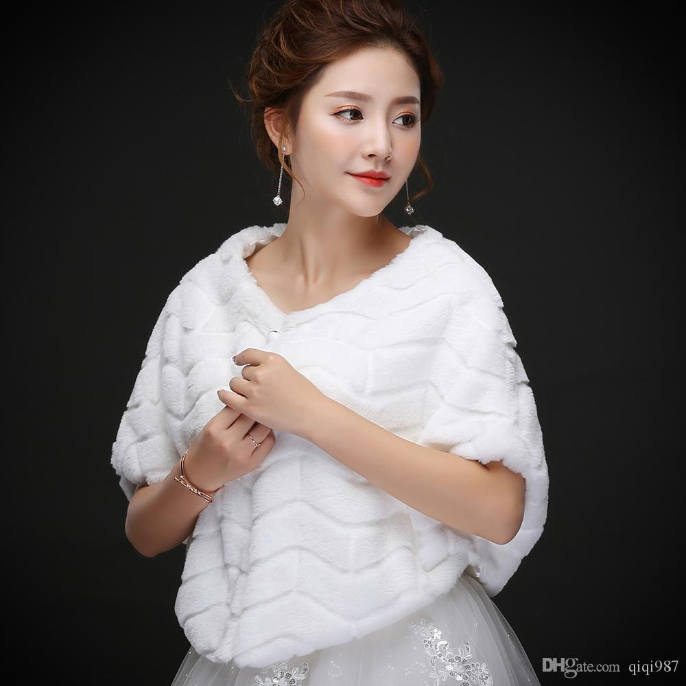 Fotos reais Atacado Luxuoso Pena de Avestruz Tamanho Livre Branco Faux Fur Envoltório Com Xaile De Casamento Nupcial para Casaco de Inverno