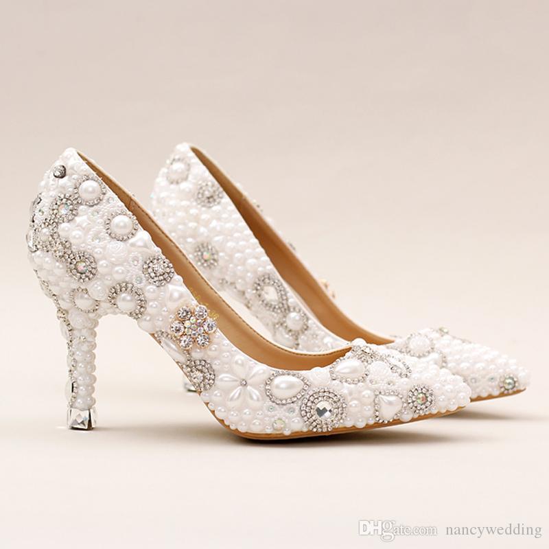 Gorgeous Design White Pearl Hochzeit Schuhe Spitz Brautkleid Schuhe Schöne Frauen Prom Party Pumps mit Strass