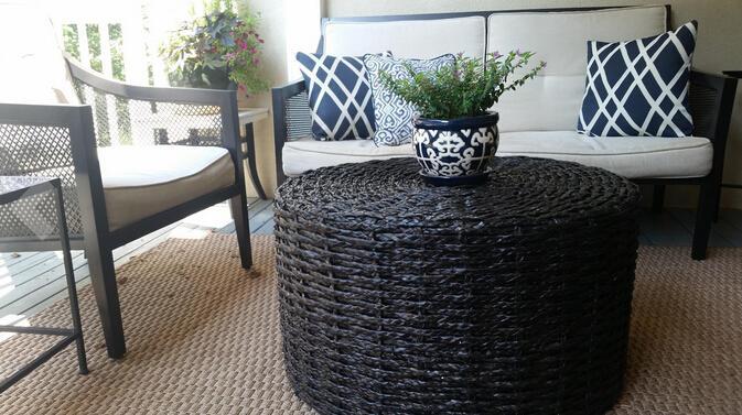 Compre Oriental Furniture Rush Grass Mesa De Centro / Otomana ...