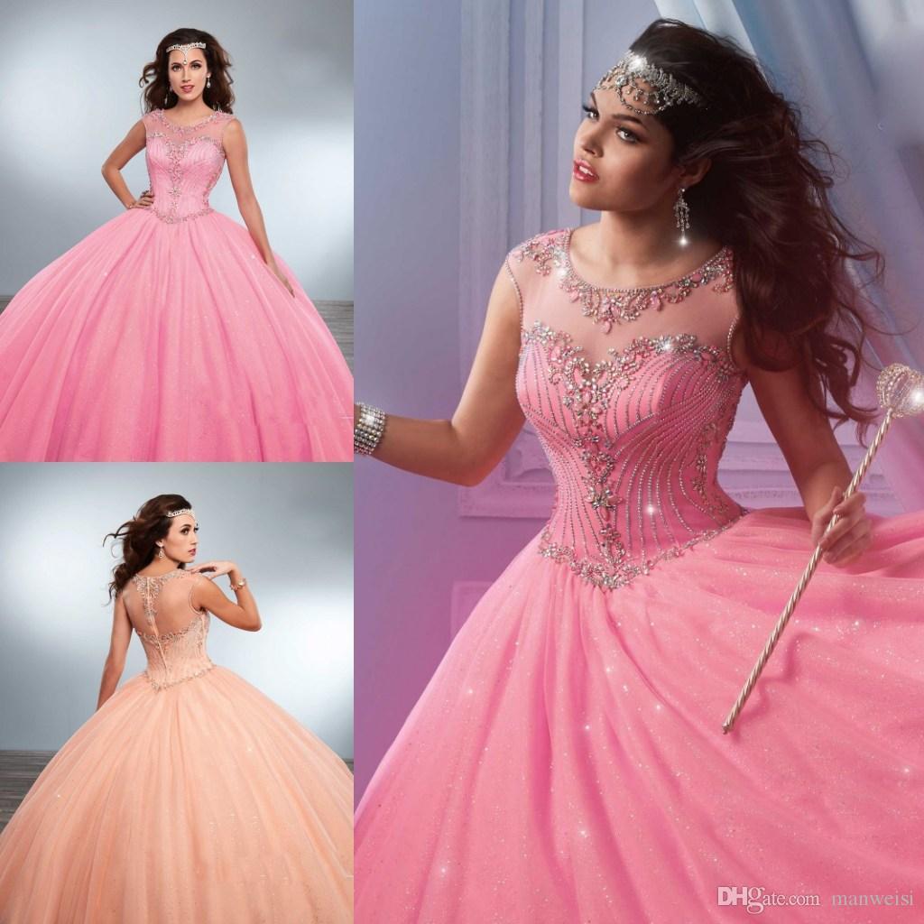 6035b3235 Compre Rosa Quinceañera Vestidos De Época Con Cuentas Diamantes De  Imitación Cuello De La Joya Masquerad Dulce 16 De Bola De Los Vestidos De  Tul Con ...