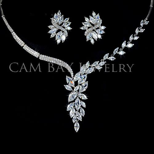 Luxury Elegant Wedding Jewelry Set 18K Alloy Gold Plated CZ Stone